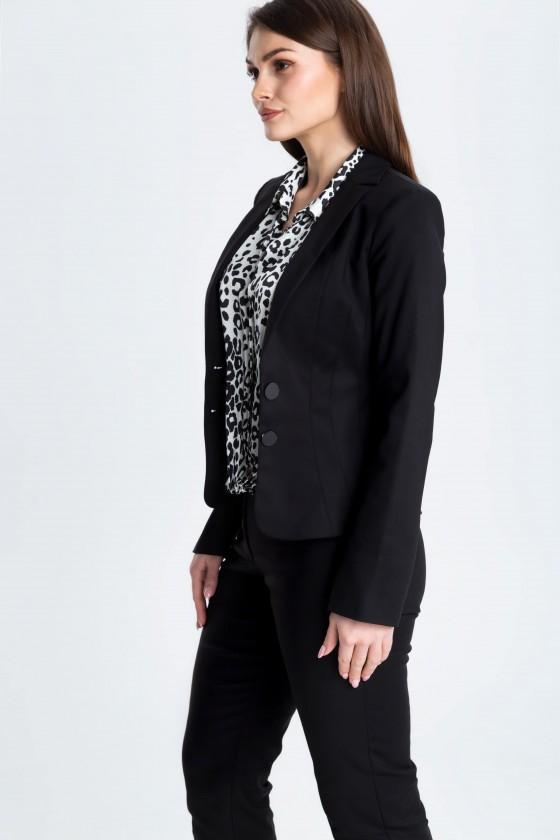 Czarny garnitur z taliowanym żakietem m670 i dopasowanymi spodniami m808