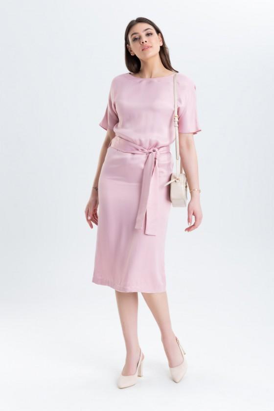 Prosta sukienka z paskiem m 969 różowa